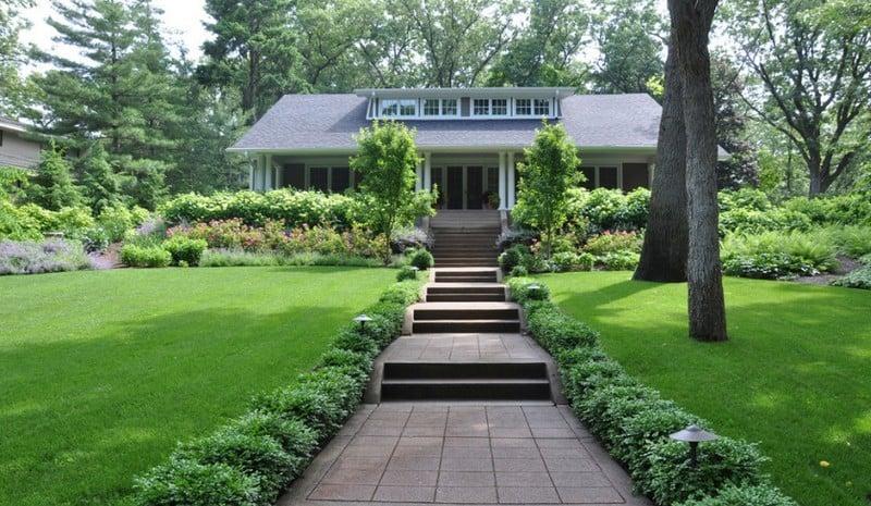 Các lưu ý khi thi công cỏ nhân tạo sân vườn đơn giản mà đẹp
